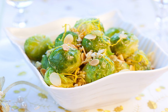 Almond-&-Garlic-Sprouts